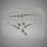 Wired for fashion Necklace, Bracelet and Earrings - Free shipping