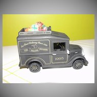 Dept 56 Christmas in Th City series Van - Black