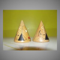 Wooden Tee-pee Salt and Pepper Shakers - b44