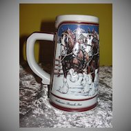 Budweiser 1989 ''Hitch on a Winter's Evening'' Ceramarte Beer Stein - b44