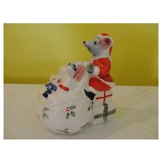 Mount Clemons Pottery Christmas Mouse Bank - b46