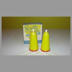 Yellow Sonette Salt and Pepper Dispensers in Box -b282