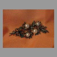 Rhinestone and faux pearl Spray Pin - Free shipping