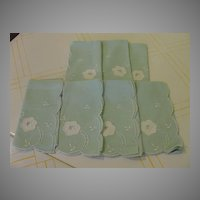 Mint Green Flower Appliqued Napkins - b134