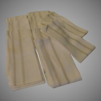 Gold Thread Napkins - L2