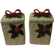 Lefton White Holly Covered Boxes - b156