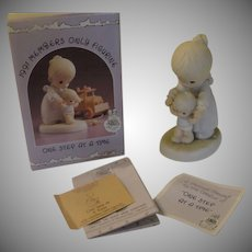 Precious Moments 1991 Members Only Figure ''One Step at a Time'' - b160