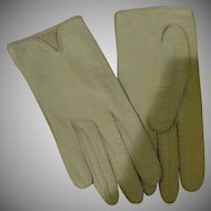 White Leather Miss Aris Wrist Gloves - Free Shipping - b163