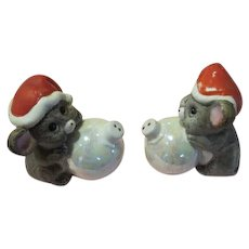 Christmas Mice with Ornaments Salt and Pepper Shakers - b173