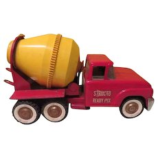 Structo Ready Mix Cement Mixer 1960's Toy Truck - b184 - Red Tag Sale Item