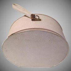 White Go around Carry on Train vanity Case