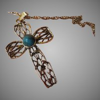 Brutalist Cross on Chain - free shipping
