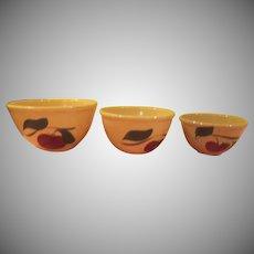 Watt Apple, 2 Leaf Trio of Bowls - g