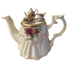 Tea Time Victorian Tabletop Royal Albert Old Country Roses Tea Pot by Paul Cadrew - B211
