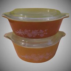 Pyrex Yellow and Gold Butterfly Covered Casseroles - g