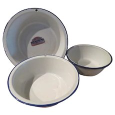 Tru-Blu Quality Enamel Trio of Nesting Bowls - b