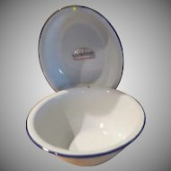 Tru-Blu Quality Enamel Round and Oval Bowls - b