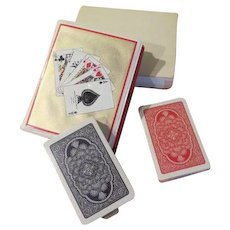 Card Caddy with Cards and Pen - b202