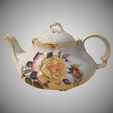 Woods and Sons Yellow Roses Ellgreave Tea Pot - b213