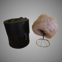Curly Lamb Hat and Hat/wig Case - b