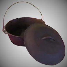 Cast Iron Kettle/Dutch Oven with Lid - g