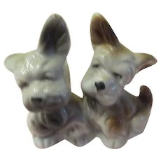 Scottie Dogs All-in-one Salt and Pepper Shakers - b226