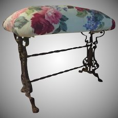 Claw Foot Turned Stretcher Window bench