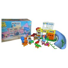 Yabba Dabba Do! The Flintstones Kids Town of Bedrock Prehistoric Playset