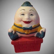 Humpty Dumpty Sat on a Red Wall Salt and Ppper Shakers - JSP
