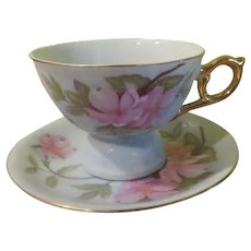 Lefton Teacup and Saucer Music Box - b245