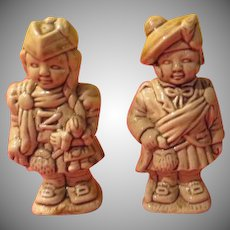 Lad and Lassie Salt and Pepper Shakers - b229