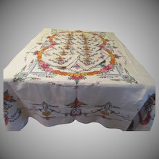 Flower Garland and Bouquets of Flowers Tablecloth and Napkins - L10