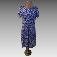 Pearly Button White on Blue Print Shirtwaist/dress