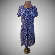 Pearly Button White on Blue Print Shirtwaist/dress