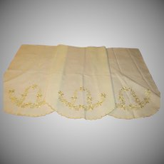 Scalloped Hem Embroidered Scarf/runner - B223