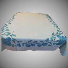 Blue Apples Vera Tablecloth - b235