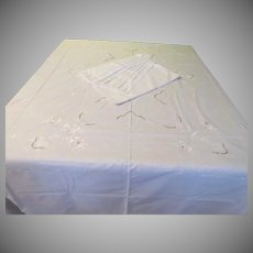 Purest white Tablecloth and Napkins - b240