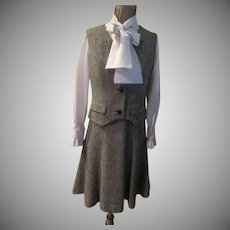 Poet's bow Dress with vest