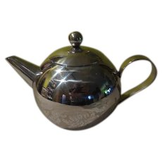 Mid Century Chrome Ball teapot- b252
