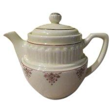 De-Luxe Sales Co, Teapot - b244