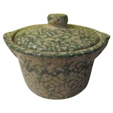 Green Spongeware Robinson Ransbottom Covered Casserole - b245