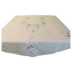 Appliqued Lily Tablecloth - b249