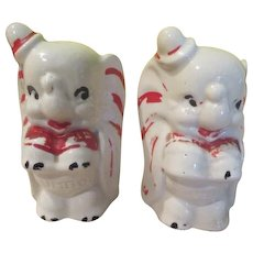 Walt Disney Dumbo Salt and Pepper Shakers - b248