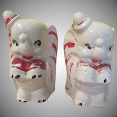 Walt Disney Dumbo Salt and Pepper Shakers - b248