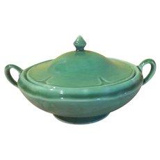Green Homer Laughlin Covered Casserole - b249