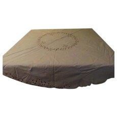 Round Cutwork Tablecloth - cl2