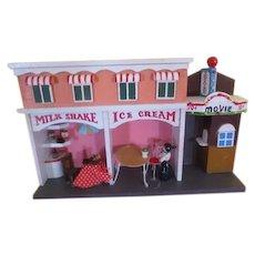 Ice Cream Shop and Movie Diorama - b256