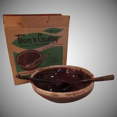 Town and Country Brown Drip Salad Bowl with Fork and Spoon in Box - g