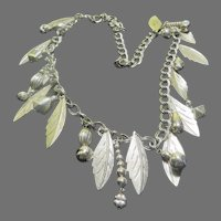 Leaf and Bead Necklace - Free shipping - br