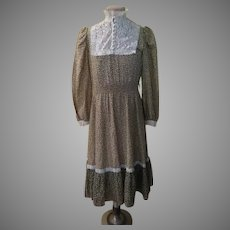 ''Jerry Lee'' Lace Trimmed Dress